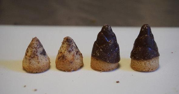 明治 きのこの山 たけのこの里 チョコレート 戦争