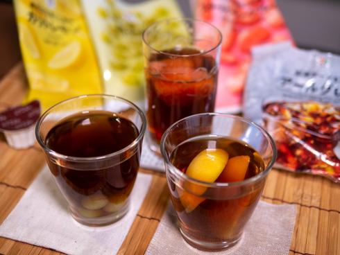 紅茶ポーションと冷凍フルーツで作ったドリンク