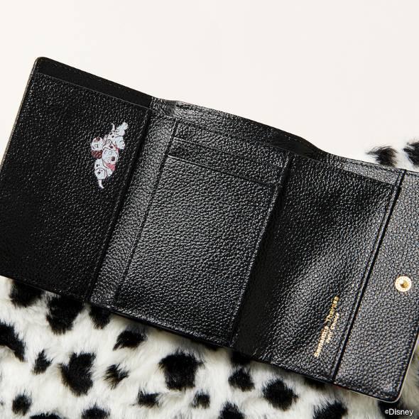 折財布開封時イメージ