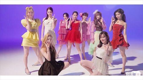 NiziU デビュー曲 Step and a step 一億回再生 MV WithU ダンスパフォーマンスビデオ YouTube