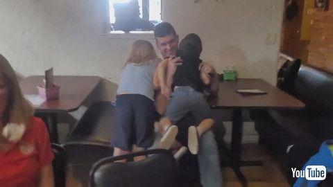 「Military Dad Surprises His Children at Restaurant Uniquely - 1199479」