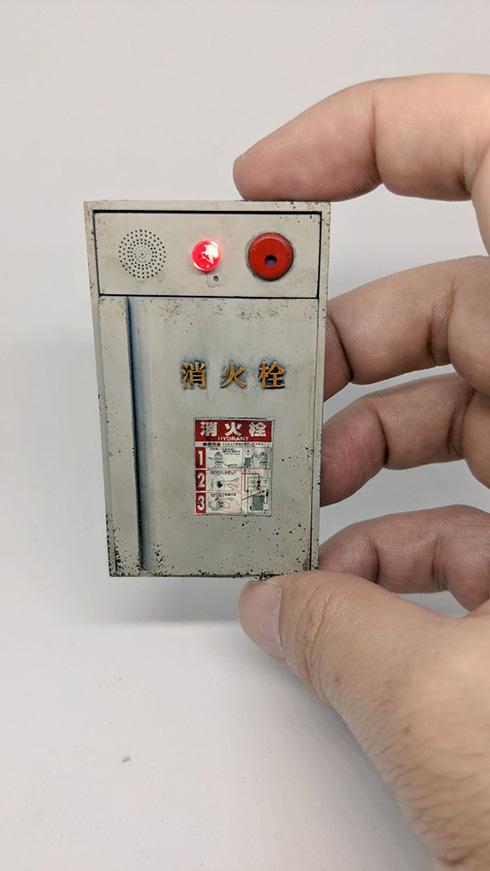 消火栓のミニチュアが細部まで作り込まれていてすごい サビやスレで長年の物語を感じさせる