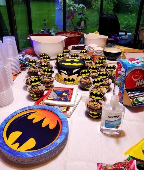バットマンをテーマにした誕生日パーティー