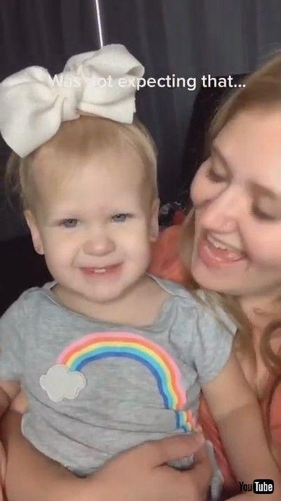 「Brutally Honest Toddler Tells Mom She Doesn't Like Her Singing - 1182848」