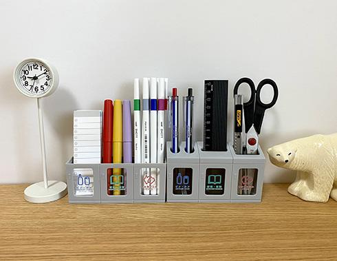 100均アイテムでデスクを便利かわいく ミニチュアゴミ箱がいい感じのペン立てに