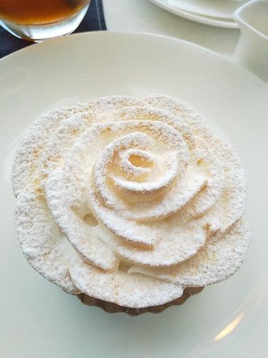 「豊島屋洋菓子舗 置石」レモンパイイメージ
