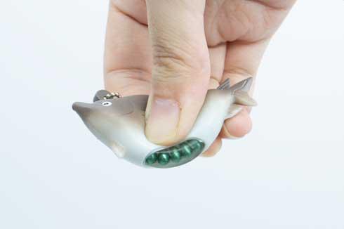 魚卵とびでるマスコット カプセルトイ あそび研究所365