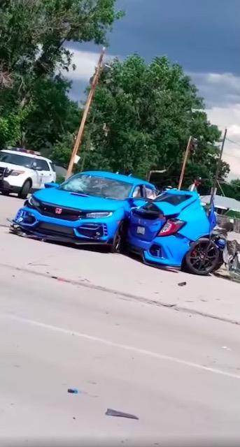 シビック タイプR 交通事故 真っ二つ