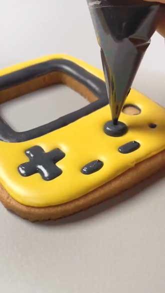 ポケットピカチュウ アイシング クッキー 飴