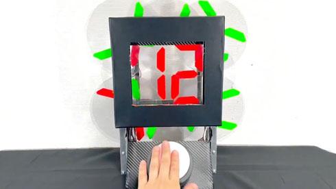 時間が溶ける時計