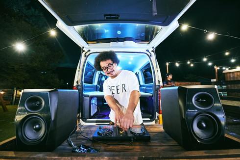 VANLIEF DJ CAR