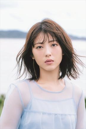 浜辺美波 写真集 20歳 21歳 誕生日 インスタ 奄美大島