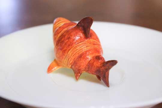サメに擬態 クロワッサン 粘土 作品