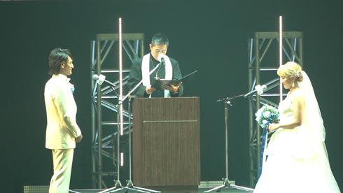 丸山桂里奈 本並健治 結婚 夫婦 TGC 結婚記念日 インスタ
