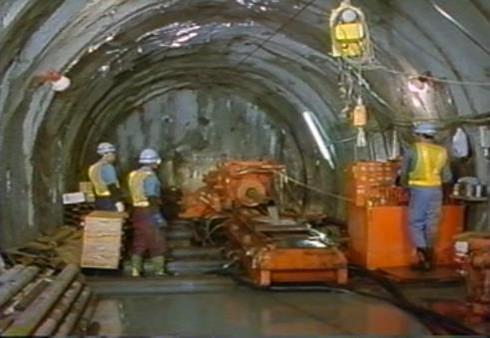 JRTT 岩手一戸トンネル