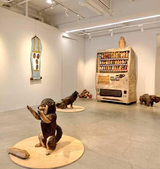 木彫り 自販機 彫刻 山本麻璃絵