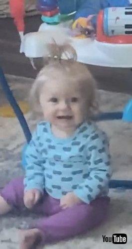 「Baby Sister Confused By Clarinet    ViralHog」