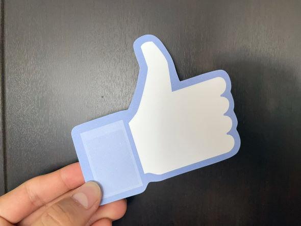 facebook いいね 付箋 母