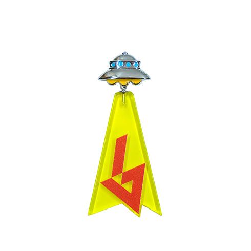 「ムー」創刊40周年記念のアブダクションピアスがかわいい ロゴの怪しさに陰謀の影を感じるデザイン