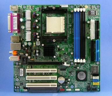 マザーボードきょうは、「nForce 4 Ultra」「RADEON X