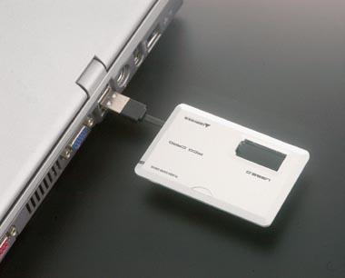 グリーンハウス 薄さ4 2ミリのカード型usbメモリ発売 Itmedia