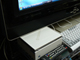 大画面にはミニPCがよく似合う——進化した「Endeavor ST110」を試す