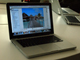 アルミ削り出し:薄く、軽く、アルミになった新しい「MacBook」が登場