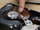 """""""節電""""でHDDが危ない?:夏場に起きやすいHDD障害、その傾向と対策"""