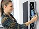 テックウインド、10台のiPadを充電・管理できる「タブレット管理ウォールマウント」