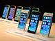 """ウワサの霧を晴らす新型iPhoneの輝き:「iPhone 5c/iPhone 5s」の""""魔法""""——林信行の1stインプレッション"""