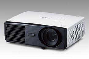 tm_1406_projector3_04.jpg