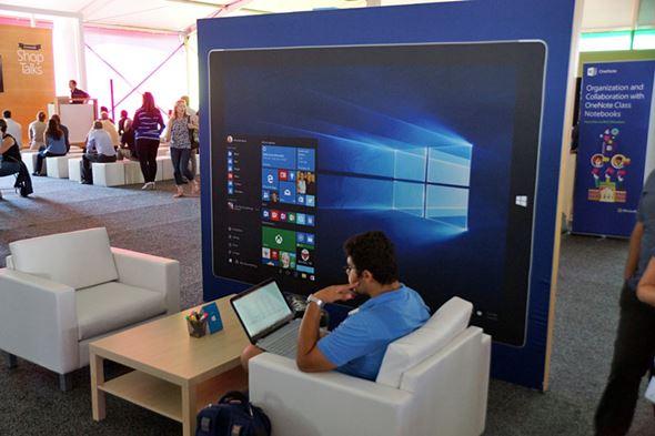 米Microsoftリポート写真