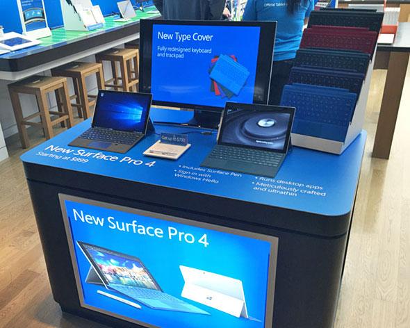 Microsoft StoreのSurface Pro 4展示コーナー