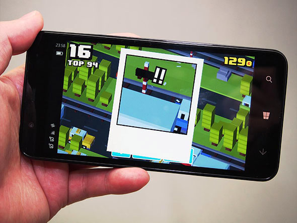Diginnos Mobile DG-W10Mで「Crossy Road」をプレイ