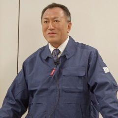 開発の過程を説明する杉本氏