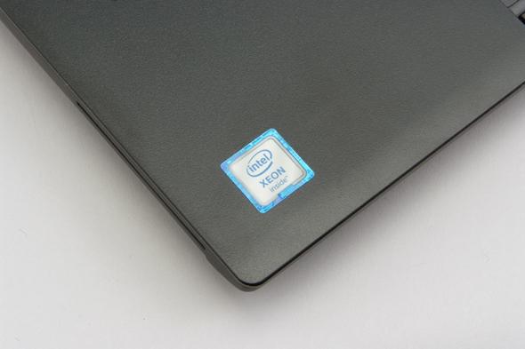 ノートPC向けSkylake世代Xeonプロセッサを搭載