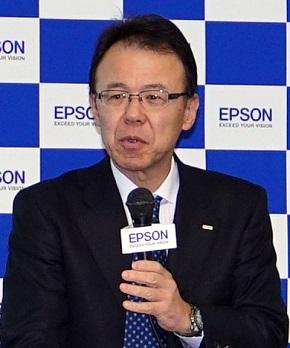 エプソン販売代表取締役社長の佐伯直幸氏