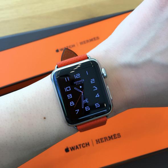 彼氏にもらいたい! 「Apple Watch Hermes」新色ストラップ試着レポート