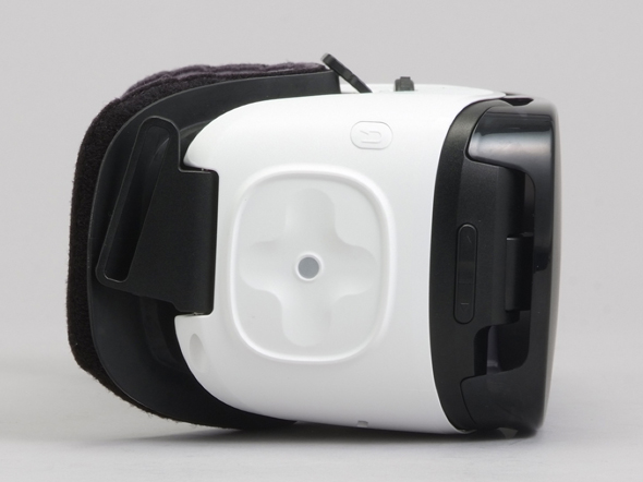 Gear VRの右側面