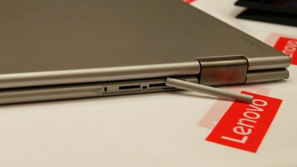 X1 YogaのmicroSD・Micro SIMスロット