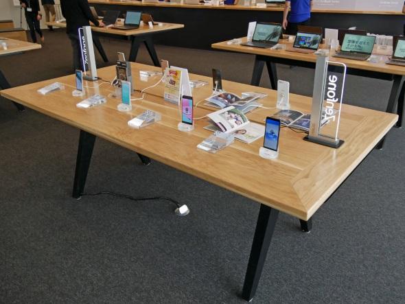 ZenFoneコーナー