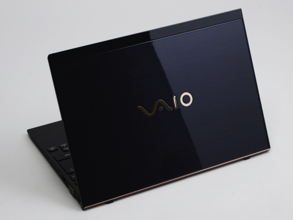 VAIO SX12 勝色特別仕様(背面)