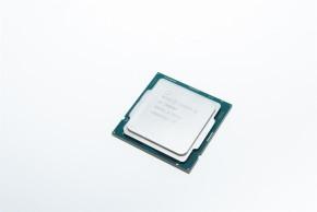 Core i5-10600K(表)