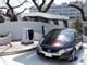 家庭に電力を6日間供給できるホンダの車、太陽電池で水素を生成