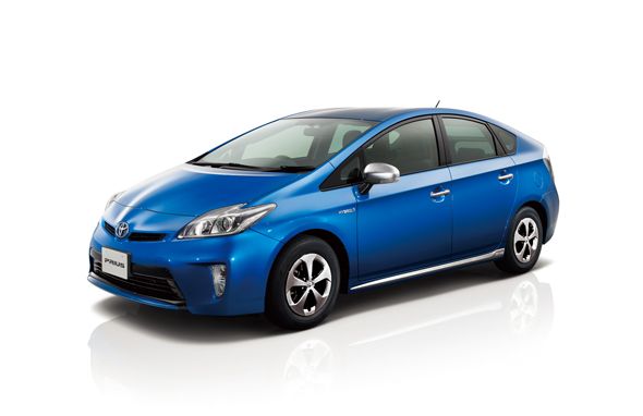 TOYOTA_Prius_with_AC_Sockets_1.jpg