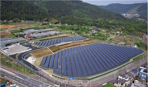aikawa_solarpark.jpg