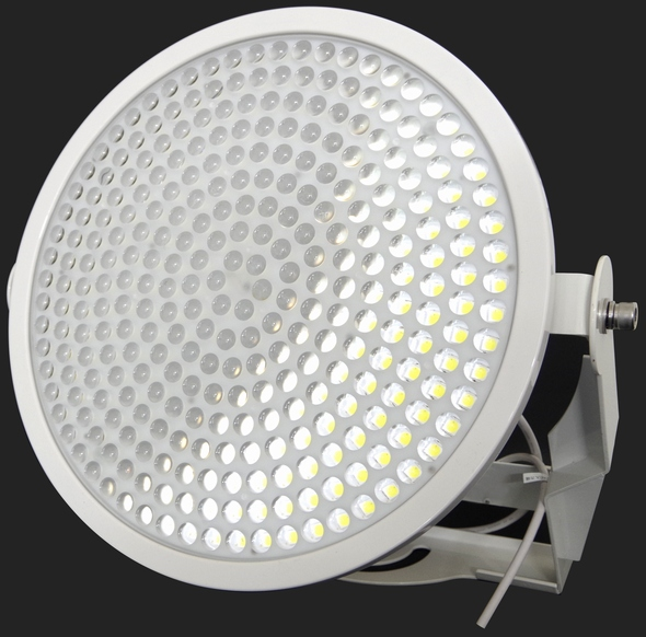 yh20140626OptiLED_lamp_590px.jpg