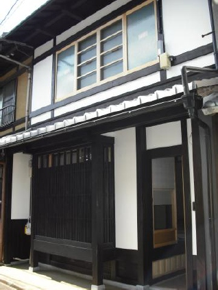 yh20140813Kyoto_house_318px.jpg
