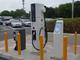 経産省が充電器設備に規制緩和、電気自動車の普及促進へ