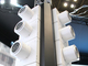 """今ある柱が空調システムに大変身、""""そびえ立つ""""東芝の新型空調"""